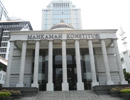 MK Memberi Tafsir Masa Jabatan Kepala Daerah