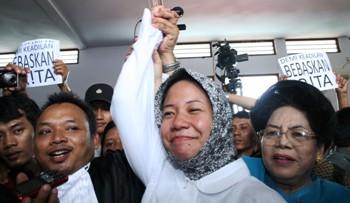PN Tangerang Vonis Bebas, Prita Buka Perdamaian Dengan RS Omni