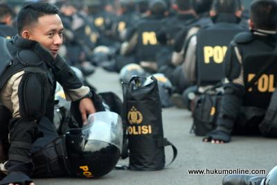Polisi, Orang Hukum di Korps Bhayangkara