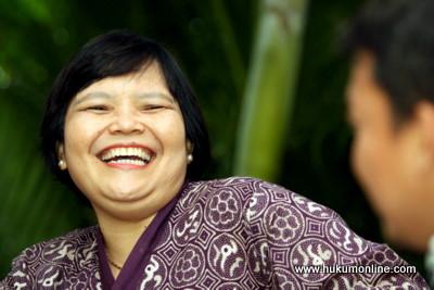 Sulistyowati Irianto: Dari Sahabat Pena Menjadi Profesor