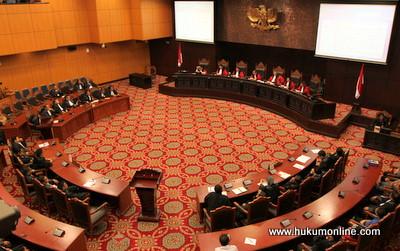 RPH Pengujian UU Advokat Berjalan Alot