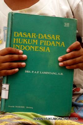 Karya Klasik Hukum Pidana Indonesia
