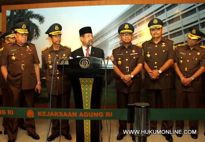 Bahas Kasus DW, DPR akan Panggil Jaksa Agung