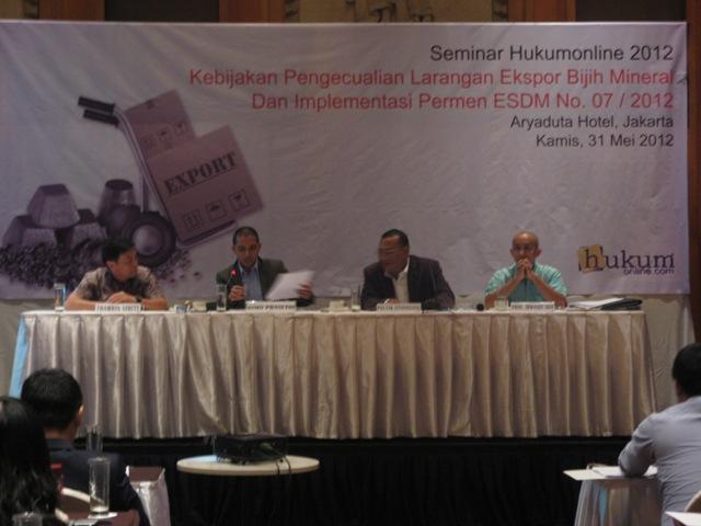 Kebijakan Pengecualian Larangan Ekspor Bijih Mineral dan Implementasi Permen ESDM No. 07/2012