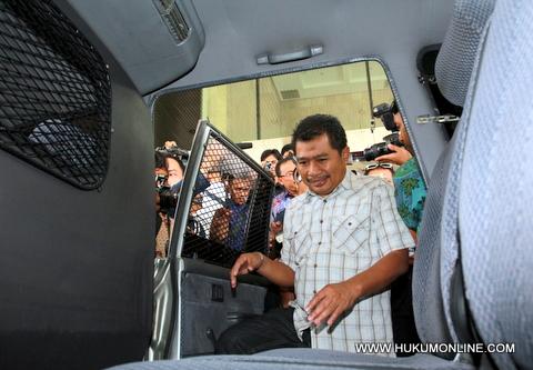 Jaksa Pasang Tarif, Dituntut 6,5 Tahun