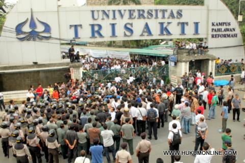 Mahasiswa Tegaskan Netral Dalam Konflik Trisakti