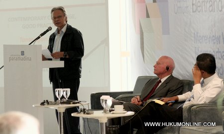 Erry Riyana Tak Rela Koruptor Dihukum Mati