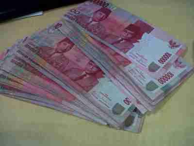 Rentetan Hambatan Pembatasan Transaksi Tunai Hukumonline Com