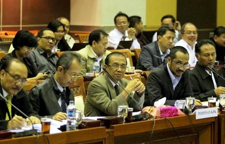 Sesuai Amanat UU, Komisioner KPK Harus Lengkap