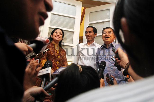 Jokowi-JK Gelar Rapat di Rumah Transisi