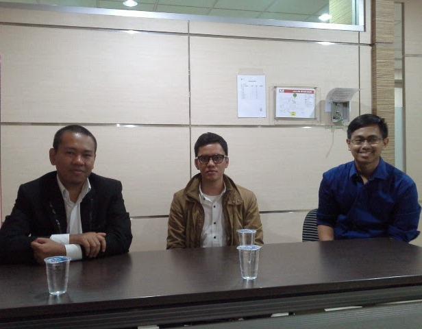 Poconggg pun Ikut Pendidikan Khusus Profesi Advokat