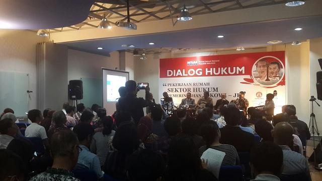 Pekerjaan Rumah di Bidang Hukum Pemerintahan Jokowi-JK