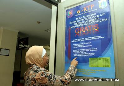 Putusan MK, 'Tonggak' Penghapusan Praktik Diskriminasi Agama Lokal