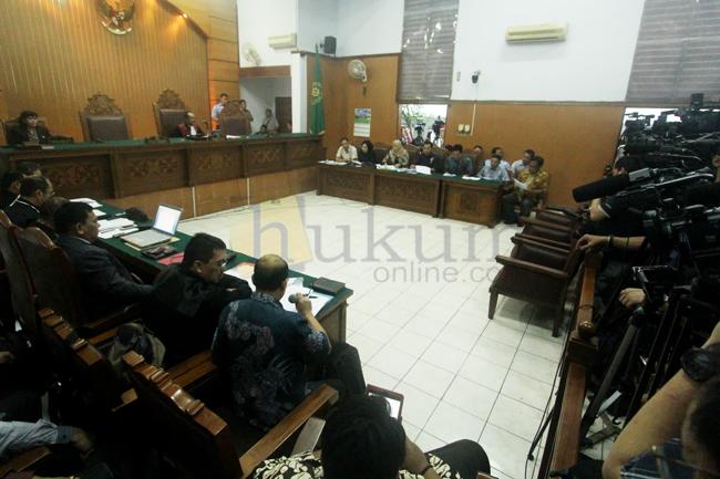 Memperluas 'Praperadilan', Mempersempit 'Penegak Hukum'