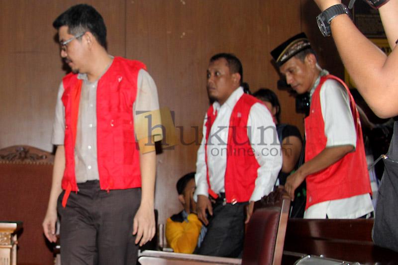 Sidang Perdana Kasus Admin @TrioMacan2000