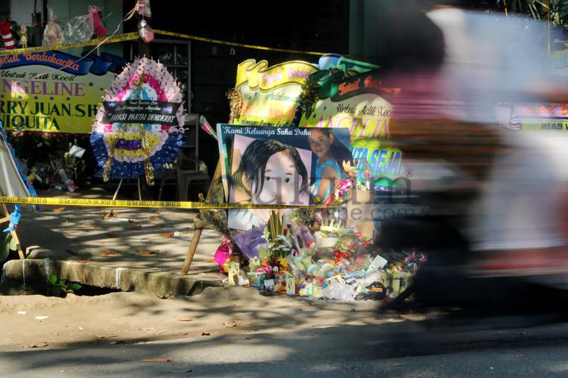 TKP Pembunuhan Engeline Dibanjiri Karangan Bunga