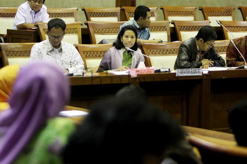 Komisi VI DPR Gelar RDP dengan Menteri BUMN
