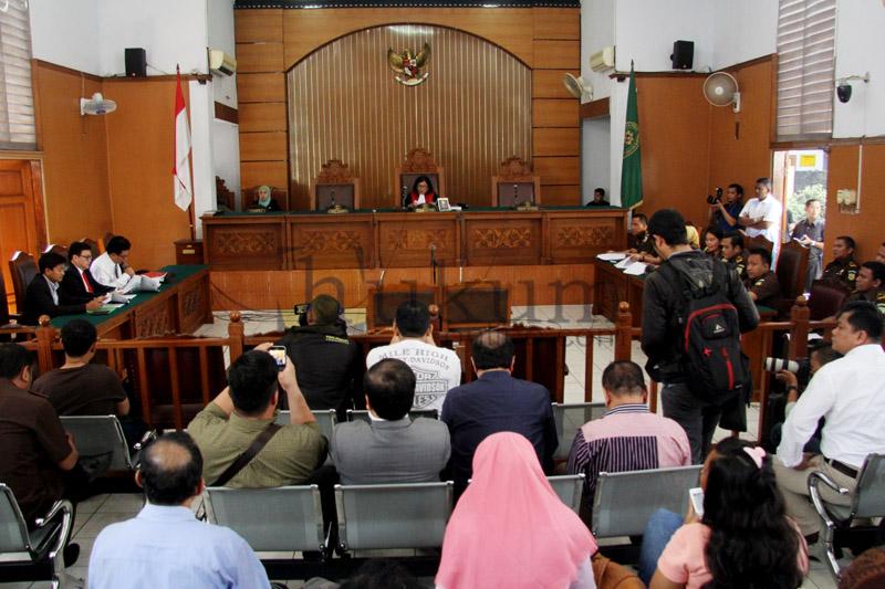 PN Jaksel Gelar Sidang Praperadilan Dahlan Iskan