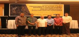Dari kiri ke kanan: David M.L. Tobing, Amrie Hakim, Ardiansyah Parman, Yusuf Shofie, Bambang Sumantri, dan Agus Soetopo.