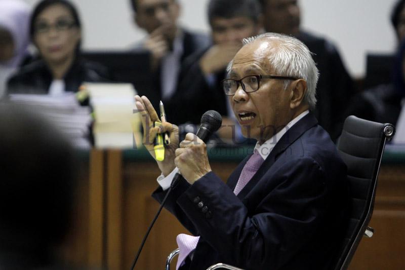 Pakai Dalih UU Advokat, OCK <i>Emoh</i> Jadi Saksi Gatot