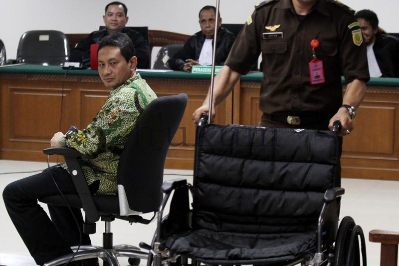 Mantan Kepala Dinas Perhubungan Provinsi DKI Jakarta Udar Pristono divonis lima tahun penjara. Foto: RES