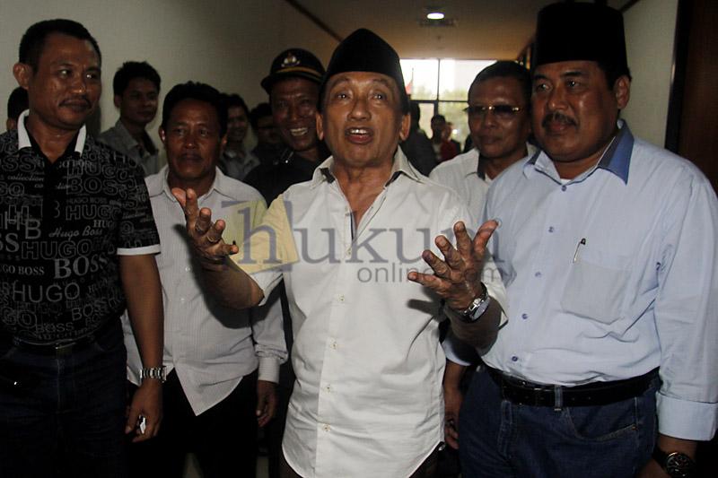 Fuad Amin Jalani Sidang Tuntutan