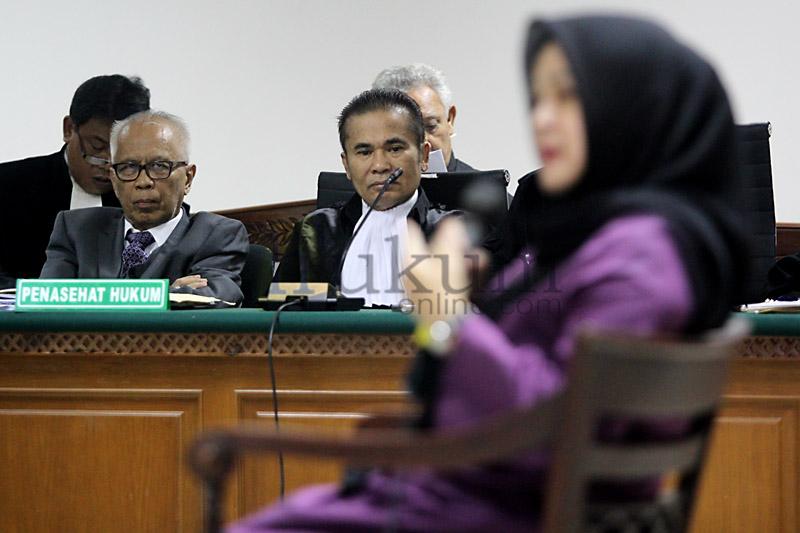 Istri Gubernur Sumut nonaktif Bersaksi di Sidang OCK