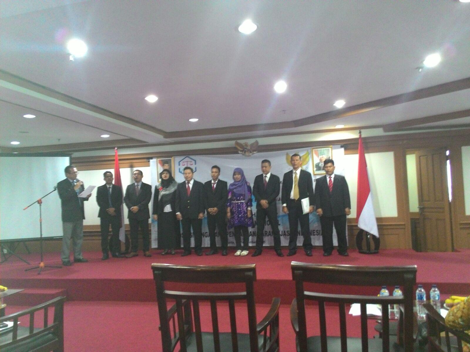 Prospek Cerah Jadi Pengacara Spesialis Pengadaan Barang/Jasa