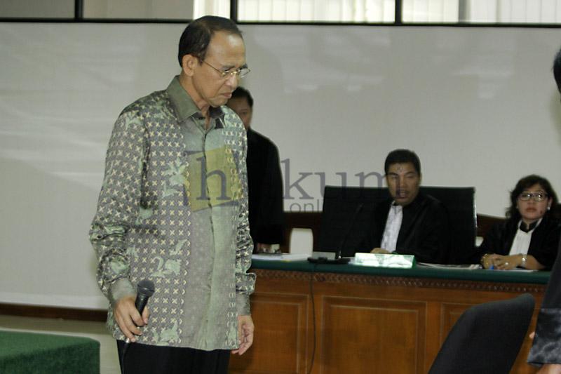Mantan Menteri Agama Suryadharma Ali saat menjalani sidang di Pengadilan Tipikor Jakarta. Foto: RES