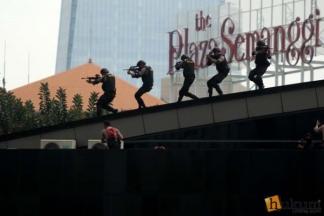 Begini Aksi Polisi Menyergap Teroris