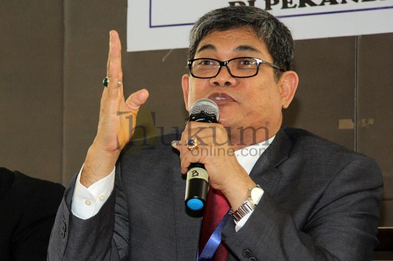 Ketua Umum Dewan Pimpinan Nasional (DPN) PERADI, Fauzie Yusuf Hasibuan. Foto: RES