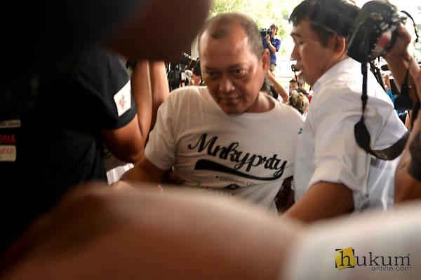 Terjerat OTT, Ketua PN Kepahiang Tiba di KPK