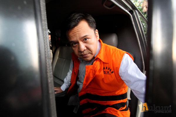 Dua Pengacara Didakwa Menyuap Dua Hakim PN Jakarta Pusat