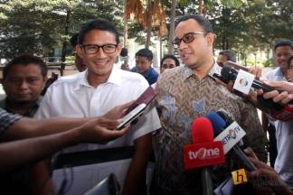 Anies Dampingi Sandiaga Serahkan Laporan harta ke KPK