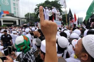 Aksi Demo Menolak Ahok