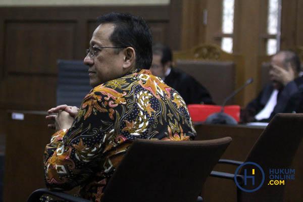 Irman Gusman Divonis 4,5 Tahun dan Pencabutan Hak Politik