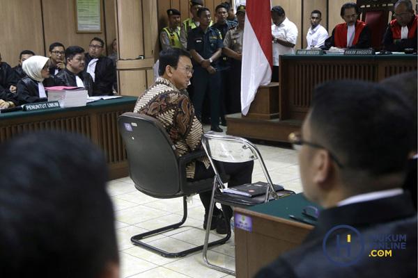 Sidang perkara Ahok dalam kasus dugaan penistaan agama. Foto: Pool/Tatan/RES