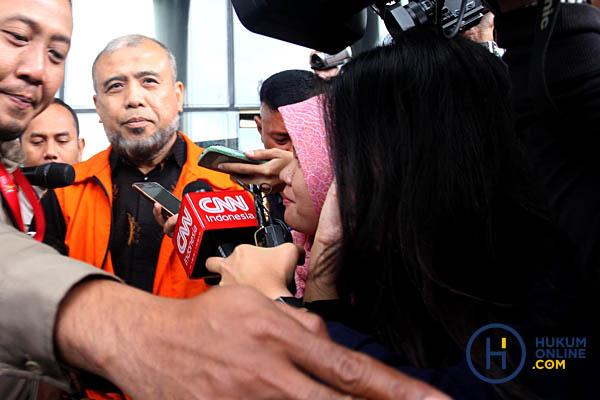 Terbukti Bocorkan Draft Putusan, Patrialis Akbar Dipecat