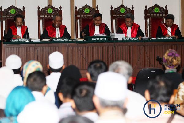 4 Poin Pandangan Profesor Hukum Pidana dalam Sidang Ahok