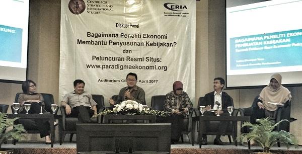 Sejumlah Tantangan Peneliti Ekonomi dalam Membantu Penentuan Kebijakan Pemerintah