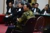 Ahok dituntut hukuman penjara selama 1 tahun dengan masa percobaan 2 tahun. Gubernur DKI Jakarta itu dinilai jaksa terbukti melakukan penodaan agama Islam.