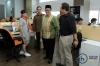 Ketua Komisi Yudisial (KY) Aidul Fitriciada Azhari bersama dengan komisioner sekaligus Juru bicara KY Farid Wajdi dan beserta jajarannya saat berkunjung ke kantor hukumonline di Jakarta, Kamis (20/4).