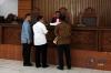 Suasana sidang praperadilan tersangka dugaan korupsi penerbitan surat keterangan lunas (SKL) Bantuan Likuiditas Bank Indonesia (BLBI) Syafruddin Arsyad Tumenggung di Pengadilan Negeri Jakarta Selatan, Jakarta, Senin (15/5).