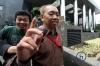 Kepala Biro Perencanaan Sekretariat Jenderal Kementerian Agama, Syamsuddin, menjalani pemeriksaan di gedung KPK, Jakarta, Jumat (19/5).