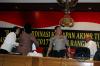 Rapat koordinasi yang dihadiri sejumlah menteri dan pejabat terkait tersebut membahas kesiapan akhir tingkat pusat Operasi Ramadaniya 2017 dalam rangka pengamanan Idul Fitri 1438 H.