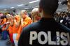 Bareskrim Polri mengamankan delapan tersangka dari dua jaringan yang berada di Jakarta dan Lombok yang hendak memperjualbelikan korban ke Suriah dan Abu Dhabi.