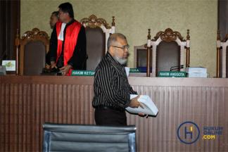 Tuntutan 12,5 Tahun Penjara untuk Patrialis Akbar