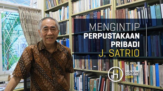 Mengintip Perpustakaan Pribadi J. Satrio
