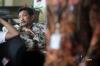 Tiga hakim PN Jakarta Selatan, Djoko Indiarto, Agus Widodo dan Djarwanto bersiap menjalani pemeriksaan di gedung KPK di Jakarta, Jumat (8/9).