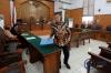 Sidang praperadilan yang diajukan tersangka kasus dugaan korupsi pengadaan proyek E-KTP Setya Novanto itu ditunda hingga tanggal 20 September karena pihak KPK meminta penundaan sidang untuk menyiapkan dokumen dan administrasi.